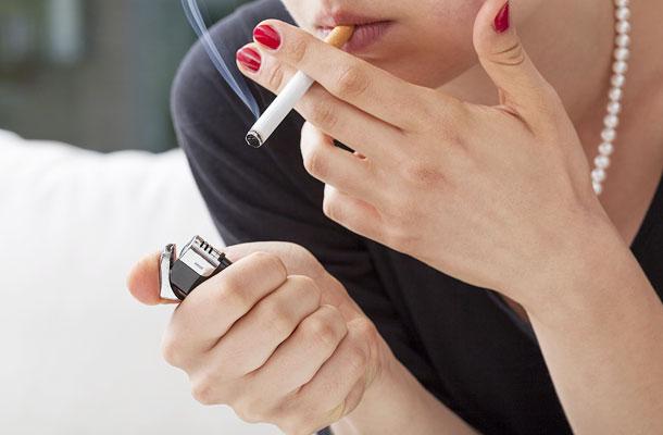 a cigaretta segít a zsírvesztésben