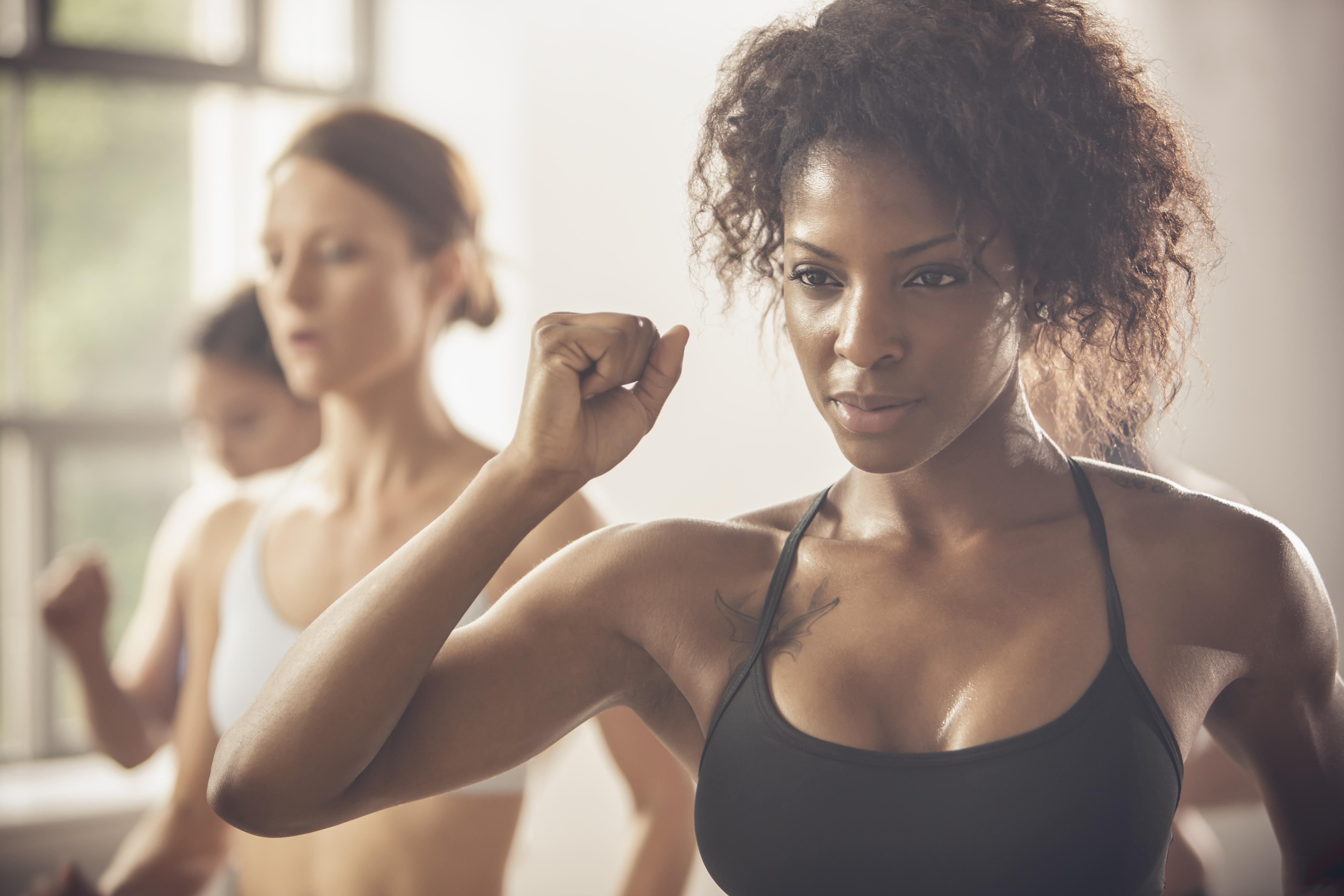 Gyakorlatok gyors karok elvégzésére. Súlycsökkenés a nyers sonkától a gyógyított szerranoig