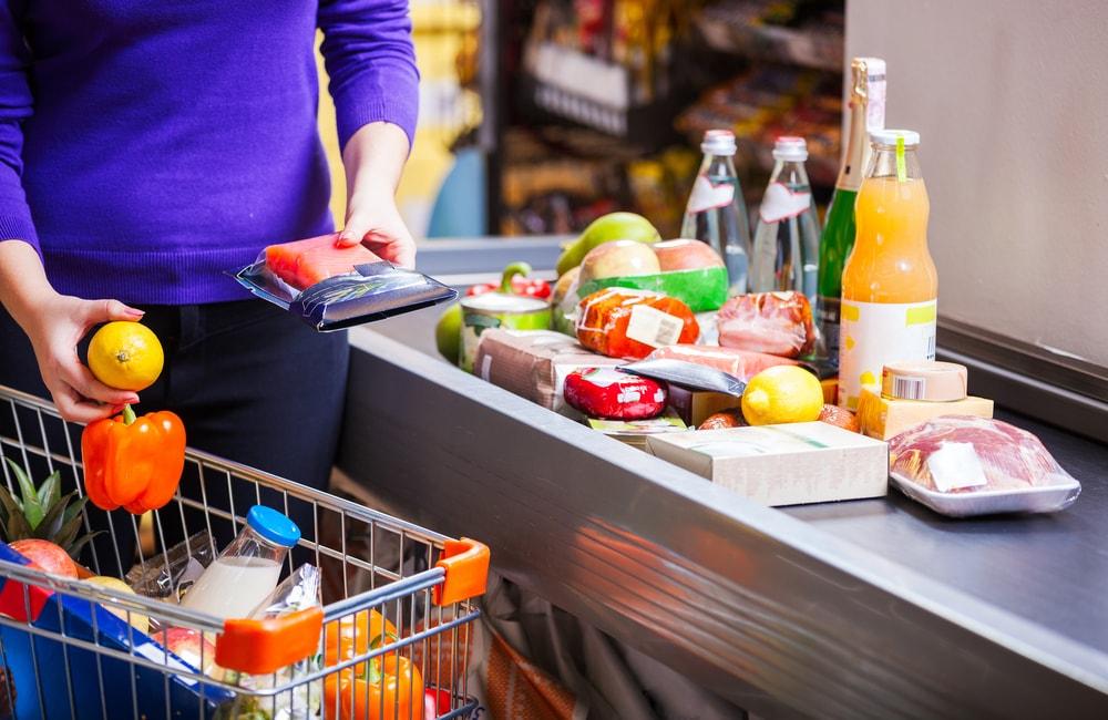 boltban vásárolt ételeket fogyáshoz